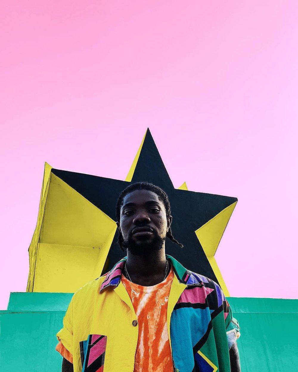 ghanaian photographer prince gyasi captures hiplife artists in a vibrant  series — Globetrotter Magazine